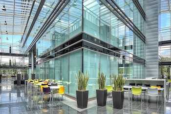 Cheops cloud case - glass building